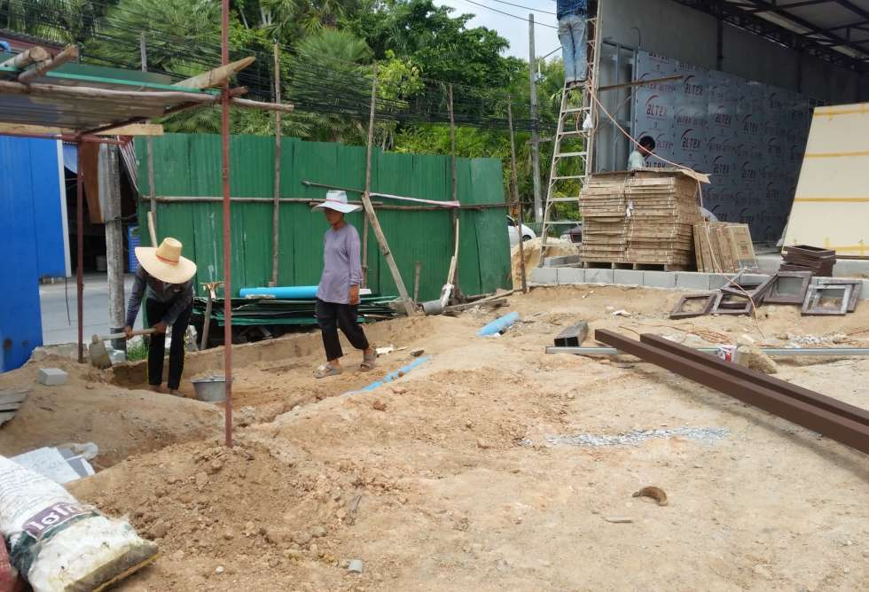 19-7-eleven-loung-pu-supa-temple-phuket-sct-construction