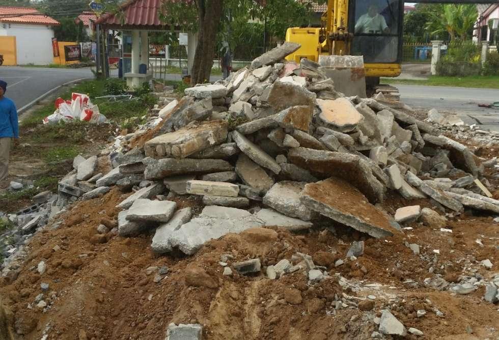 98-7-eleven-soi-hua-pu-phuket-sct-construction